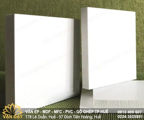 tam-nhua-foam-formex-tp-hue-van-dat