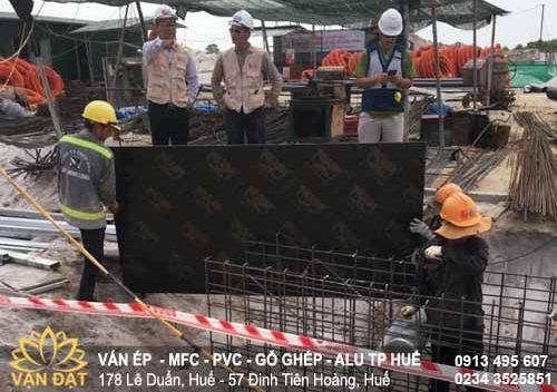 van-ep-phu-phim-cong-trinh-nha-may-cat-dot-3