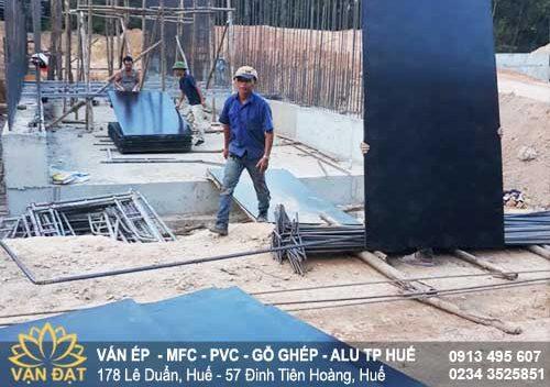van-ep-phu-phim-cong-trinh-coppha-la-son-tuy-loan