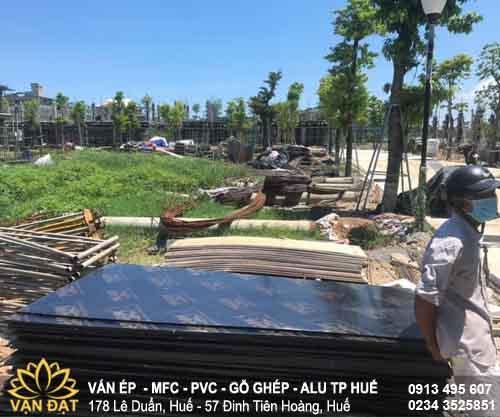 tiep-nhan-hang-hoa-van-cop-pha-plywood-tai-kdt-eco-2021
