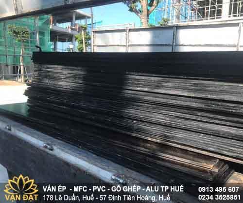 xuat-kho-van-coppha-plywood-cho-du-an-eco-garden-2021